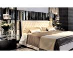 Nisha Wood Tuft bed glossy фото