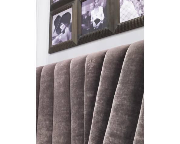 Hemingway bed фото