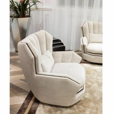 Hemingway armchair