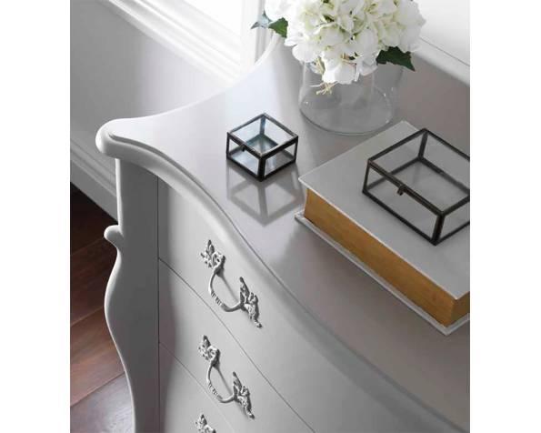 Сlassic dresser