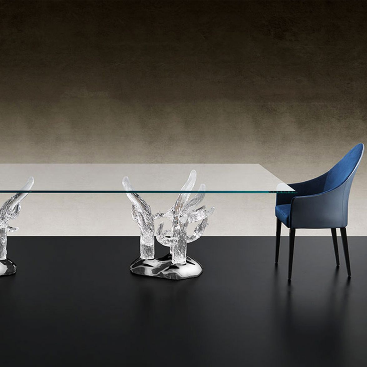 Corallo 72 Table