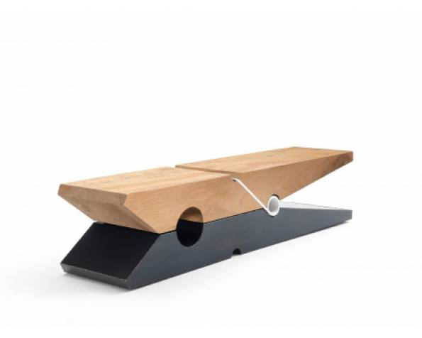 Molletta Woodiron bench