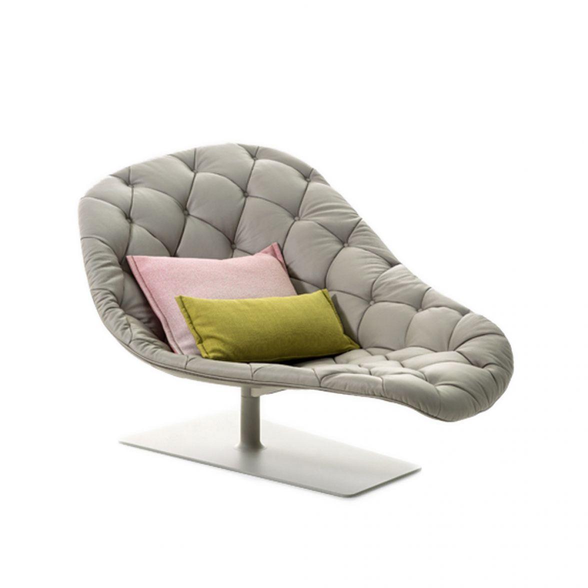 Bohemian chaise longue