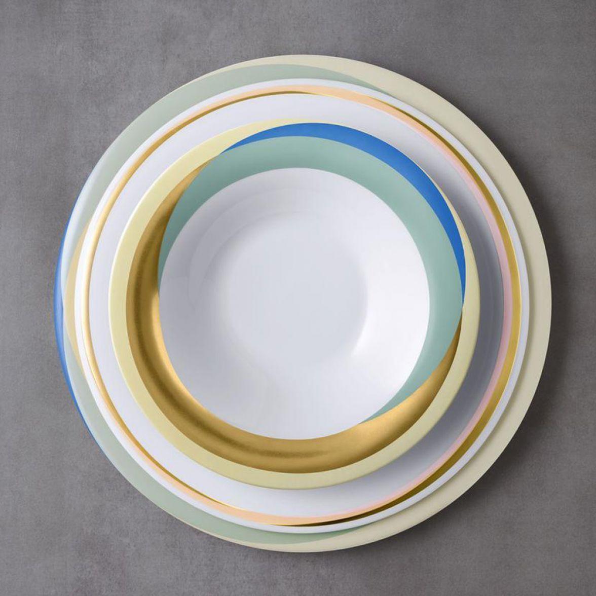 Fluen shiting colour table set