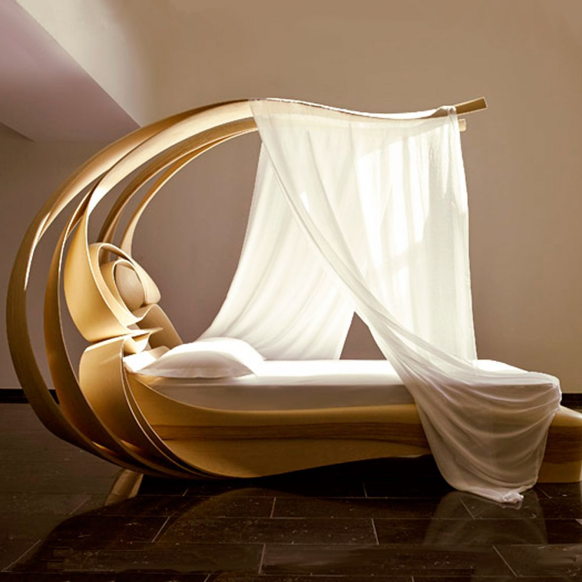 Enignum VI Canopy Bed Chatsworth фото цена