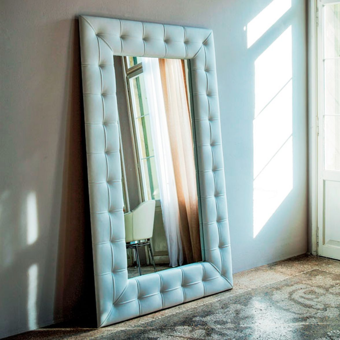 Настенное зеркало Pasha фото цена