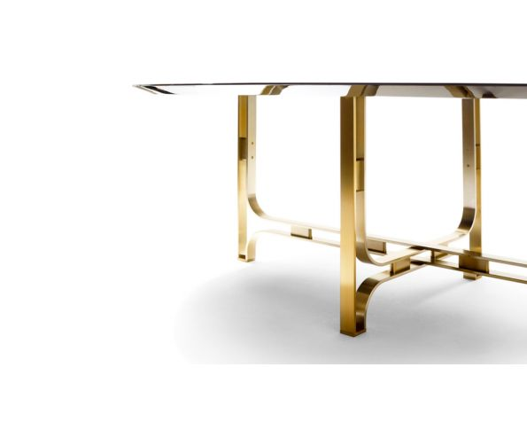 Gregory dining table