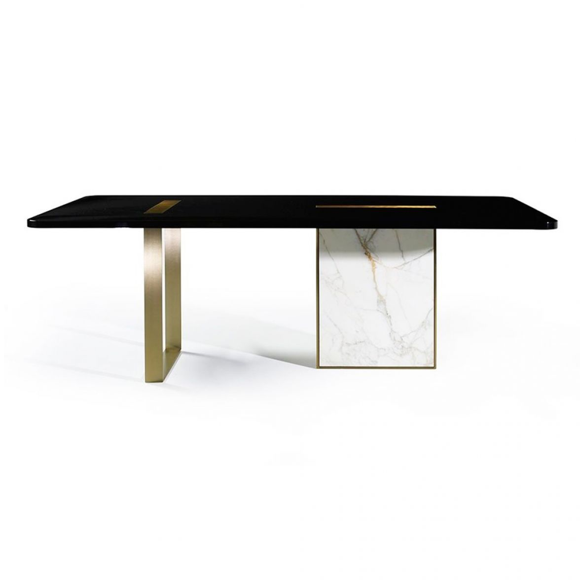 Tyron dining table
