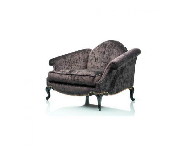 Baroqe armchair