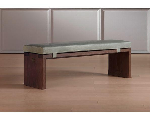 Tao bench