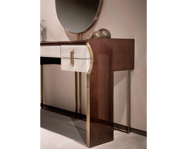 TRILOGY T mirror