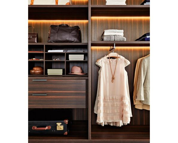 GLISS MASTER WALK-IN CLOSETS