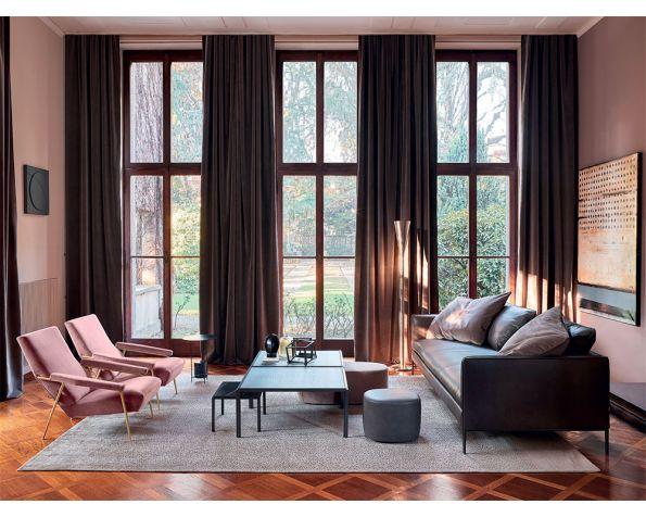 D.153.1 armchair